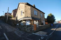 4 bed Detached house in Manchester Road Deepcar...