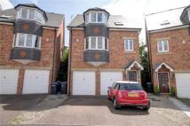 4 bedroom Detached house in Lowes Wynd, The Downs...