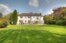 Detached property in Pastoral, Potters Bank...