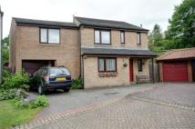 Detached property in Lee Hill Court...