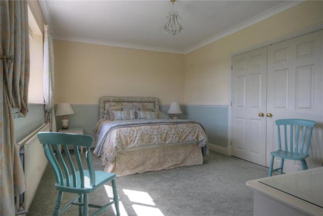 The Willows Bed 1