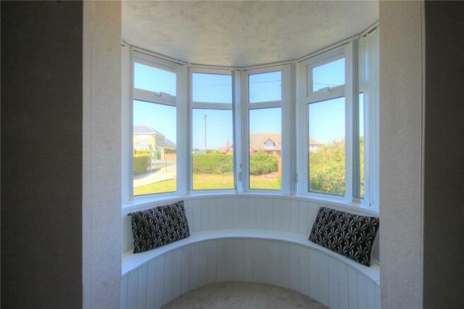 Lounge Bay Window