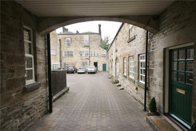 Courtyard Arch