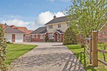 5 bedroom house to rent in Silchester, Reading...