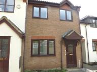 2 bedroom house in Granary Court, Ramsey...
