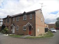 2 bed property to rent in Symmington Close...