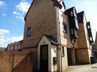 2 bed Flat in Granary Court, Ramsey...