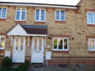 2 bed property to rent in Fieldfare Drive...