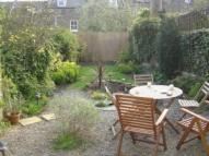 Ground Flat to rent in Inderwick Road, London...