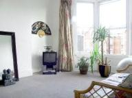 Apartment to rent in Green Lanes, London, N4