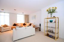 1 bed Ground Flat to rent in Ella Road, London, N8