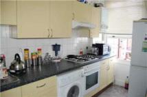 Ground Flat to rent in Crouch Hill, London, N4