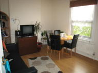 Apartment to rent in Malvern Road, London, N8