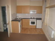 Studio apartment to rent in Whittington Road, London...