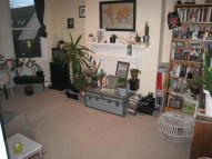 5 bedroom Maisonette to rent in Fairbridge Road, London...