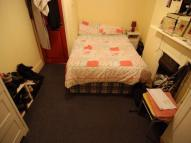 Flat to rent in DIGBY CRESCENT, London...