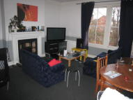 Flat in OAKFIELD ROAD, London, N4