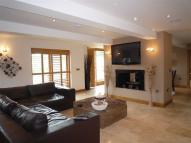 4 bed Barn Conversion to rent in Harefield Drive...