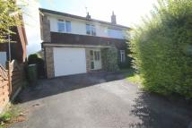 4 bed house in Merlin Way, Leckhampton
