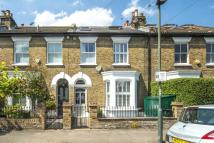 Raleigh Road Terraced property to rent