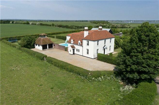 6 Bedroom Detached House For Sale In Maldon Essex Cm9 6pp Cm9