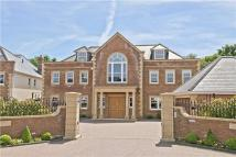 7 bed Detached property in Norsey Road, Billericay...