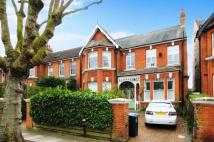 2 bed Flat for sale in Walm Lane, London, NW2