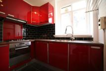 3 bedroom Flat to rent in Dartmouth Road...
