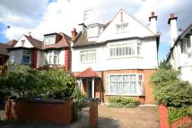 2 bed Flat to rent in Teignmouth Road, London...