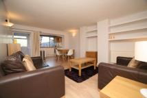 3 bedroom Flat in Brondesbury Park, London...