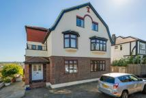 4 bedroom Apartment to rent in Dollis Hill Lane, London...