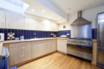 Town House for sale in Grafton Crescent, Camden...