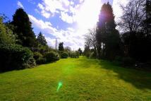 5 bedroom Detached property in St Ann's Hill, Chertsey...