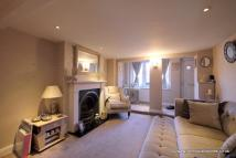 2 bed Cottage for sale in Bridge Road, Chertsey...