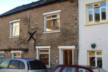 Terraced house in 27 Low Fellside, Kendal...