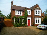 5 bedroom Detached house in Rockingham Road...