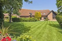6 bed Detached property for sale in Chequers Court, Swavesey...