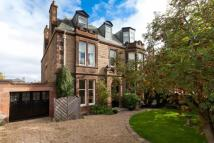 4 bedroom Flat in 32 Murrayfield Road...