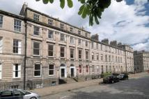 Flat in 25 (2F) Drummond Place...