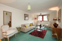 2 bedroom Flat in 42 West Silvermills Lane...