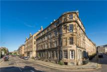 4 bed Flat in 115 (1F1) Henderson Row...