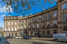 4 bedroom Flat in 23/3 Ainslie Place...