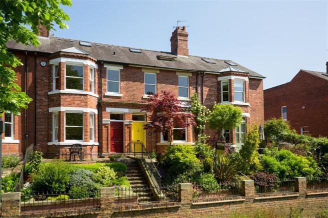 5 bedroom town house for sale in lastingham terrace york