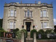 15 bedroom Detached home in Impressive Grade II...