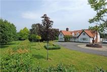 4 bed Detached property in Coles Oak Lane, Dedham...