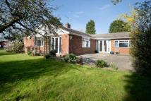 4 bed Bungalow for sale in Benover Road, Yalding...
