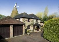 4 bed Detached house in Fen Pond Road, Ightham...