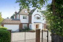 Detached property in Kippington Road...