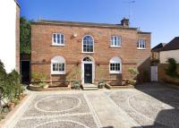 3 bed Detached house in High Street, Westerham...