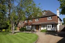 6 bedroom Detached house in Greenhill Road, Otford...